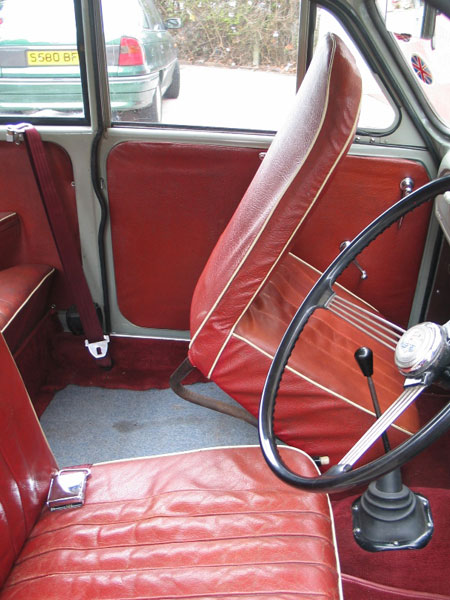 Classic Car Rear Seat Belts