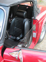 Triumph TR6 Front and Rear Seat Belts