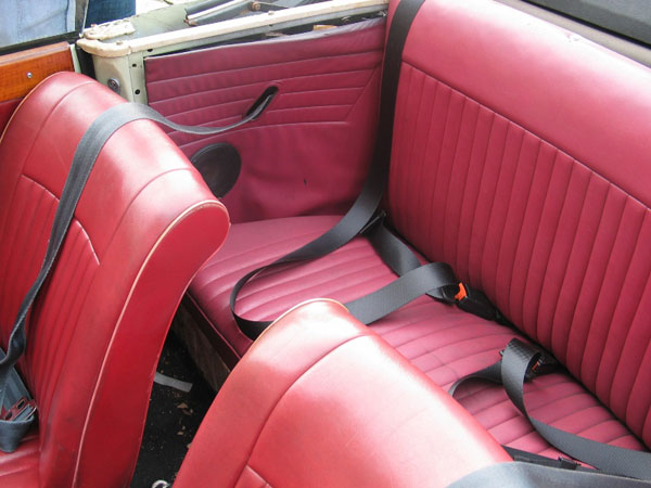 Triumph Vitesse Front And Rear Black Seat Belts